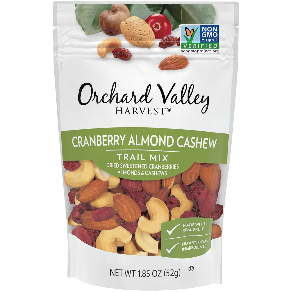 Cranberry Almond Cashew Trail Mix: Grab & Go